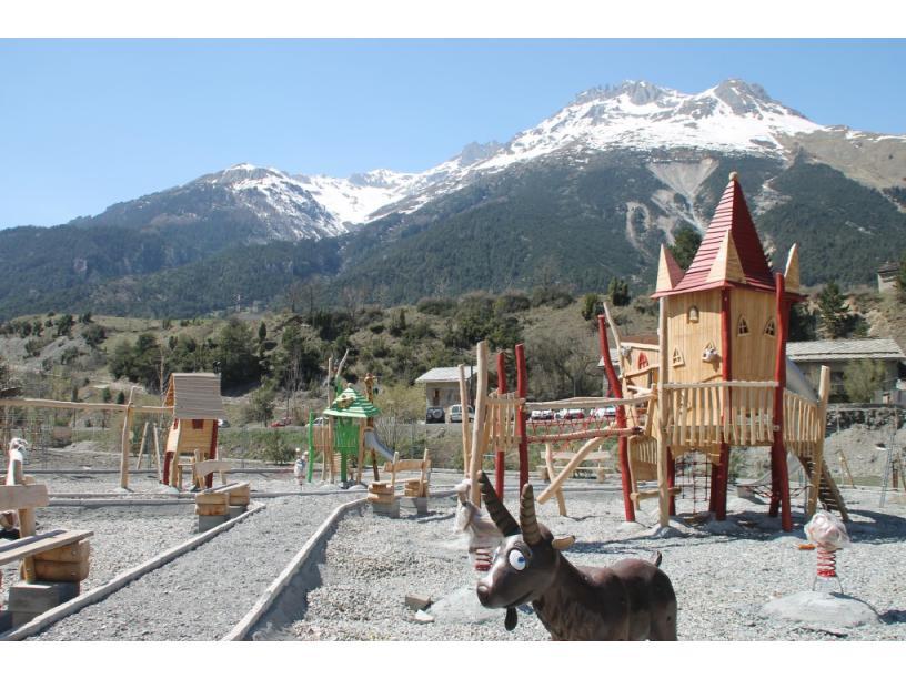 Les Edelweiss : Aires de Jeux pour Enfants centre-edelweiss-vacance_13012938-.jpg