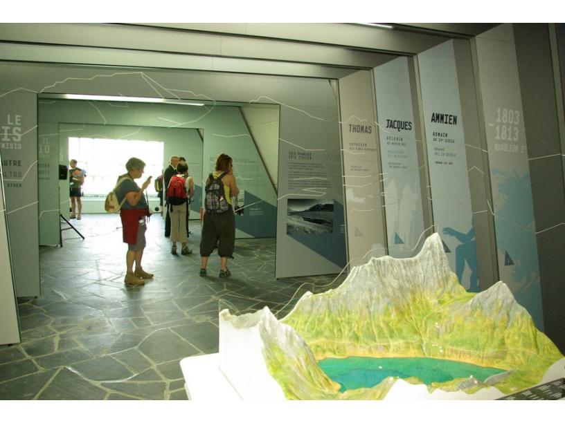 Les Edelweiss : La Pyramide du Mont-Cenis centre-edelweiss-vacance_29910658-.jpg