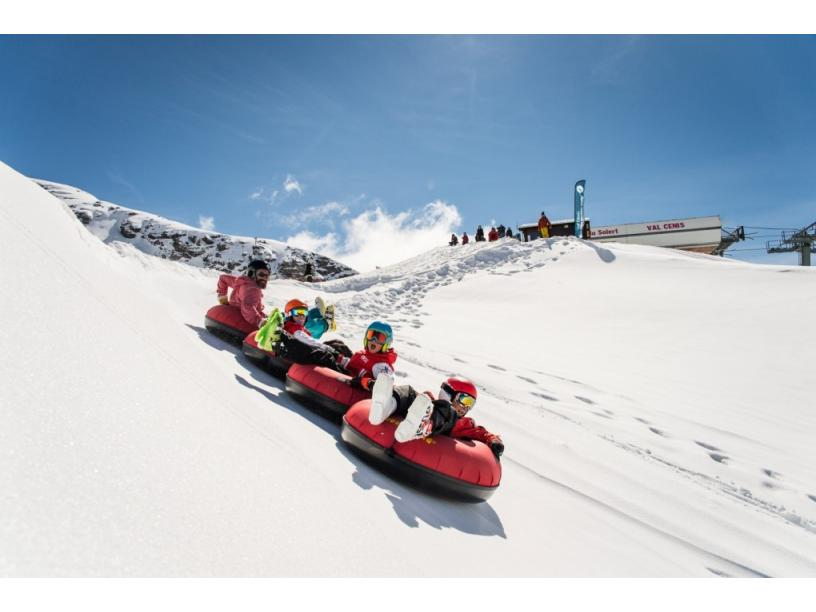 Les Edelweiss : Snowtubing Air Board centre-edelweiss-vacance_41290658-.jpg