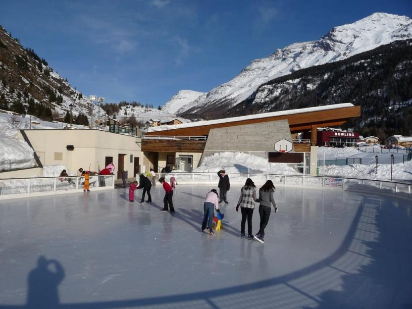Les Edelweiss : Patinoires centre-edelweiss-vacance_55188979-.jpg