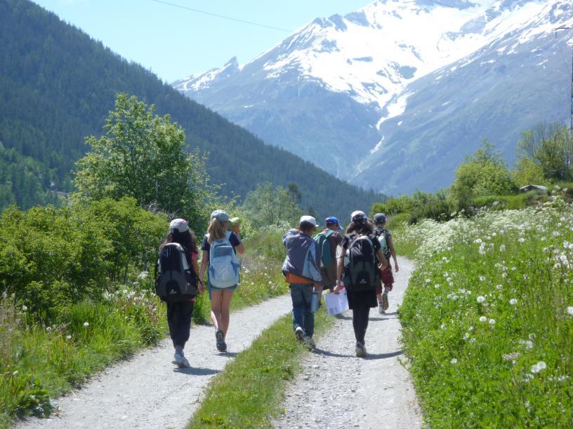 Les Edelweiss : Randonnée centre-edelweiss-vacance_63349187-.JPG